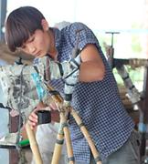 Mitarbeiter im Bambusfahrrad-Workshop