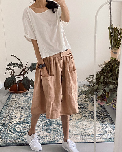 Women's linen skirt with buttons