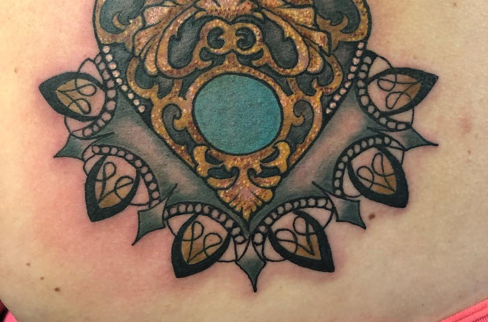 Val Busquets Full Color Tattoo Heart Tattoo Crowned Raven Tattoo South Bend Tattoo