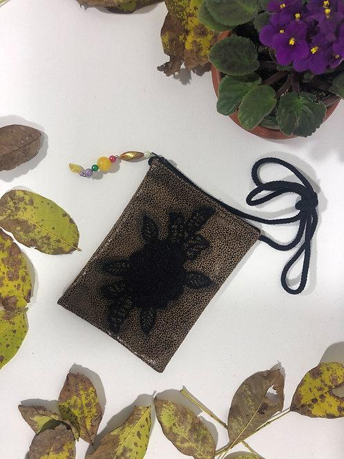 Vinleks Mini Siyah Gül Figürlü Çanta