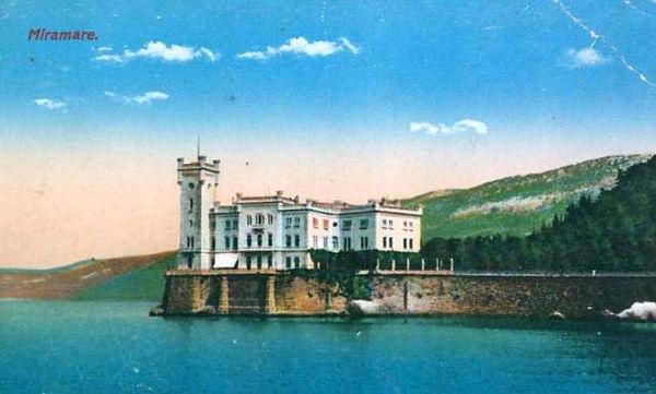 Miramare Castle, ca 1915.jpg