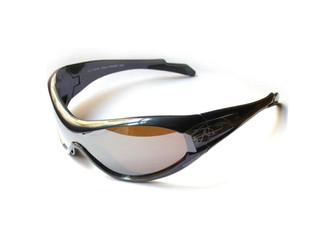 Forme de lunette très couvrante pour optimiser la pratique du ski.