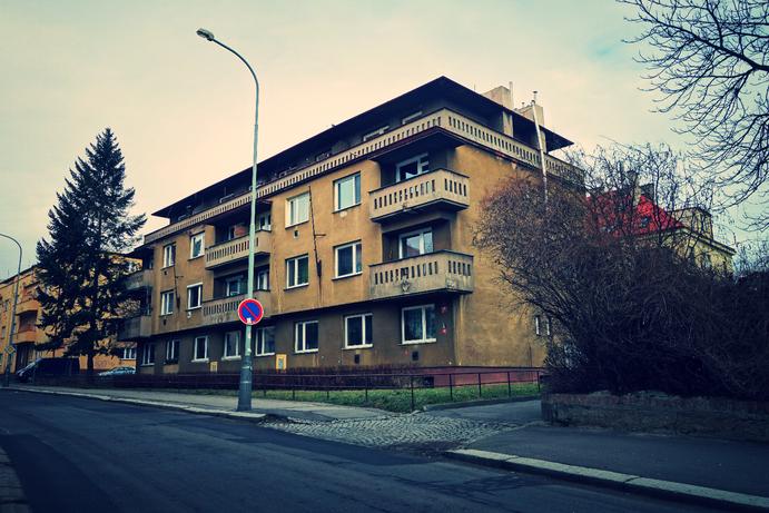 Reconstruction of residential building facades