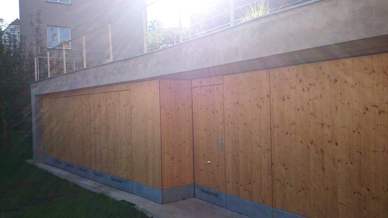 Podoli garage