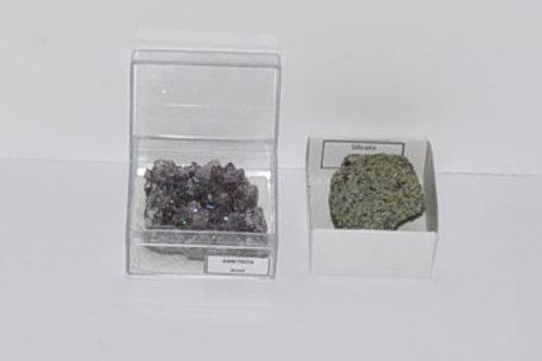 amostra de minerais, em caixa 5x5x2 cm