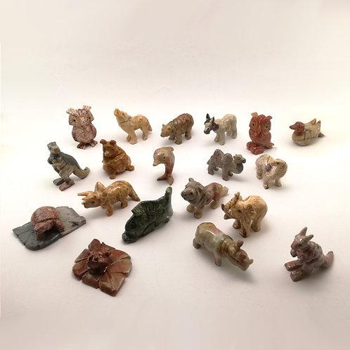 animais em pedra