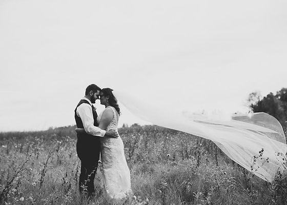 Kristin and Ryan Casper Wedding Picture