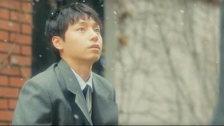 [기사] 이태균, 샘김(Sam Kim) 'When You Fall' MV서 열연…아이유(IU) 작사 참여로 관심 집중