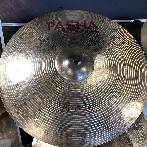 Pasha Breeze Crash 18