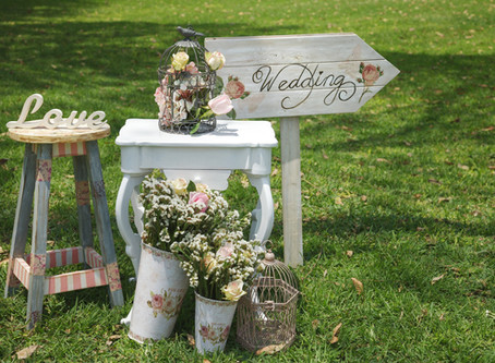 3 Clever Wedding Signs Your Guests Will Love