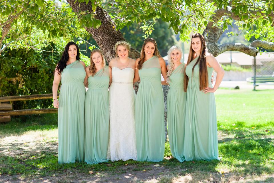 Kendra and her bridesmaids