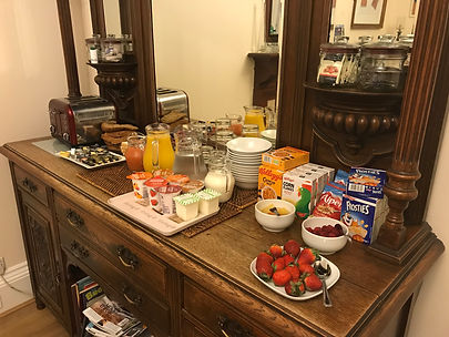 Ravenswood Guest House Stirling breakfast buffet