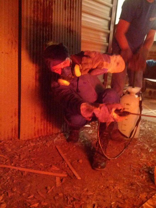 spraying soda in the wood kiln
