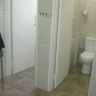 August Läpple Corporate Bathroom Renovation Project