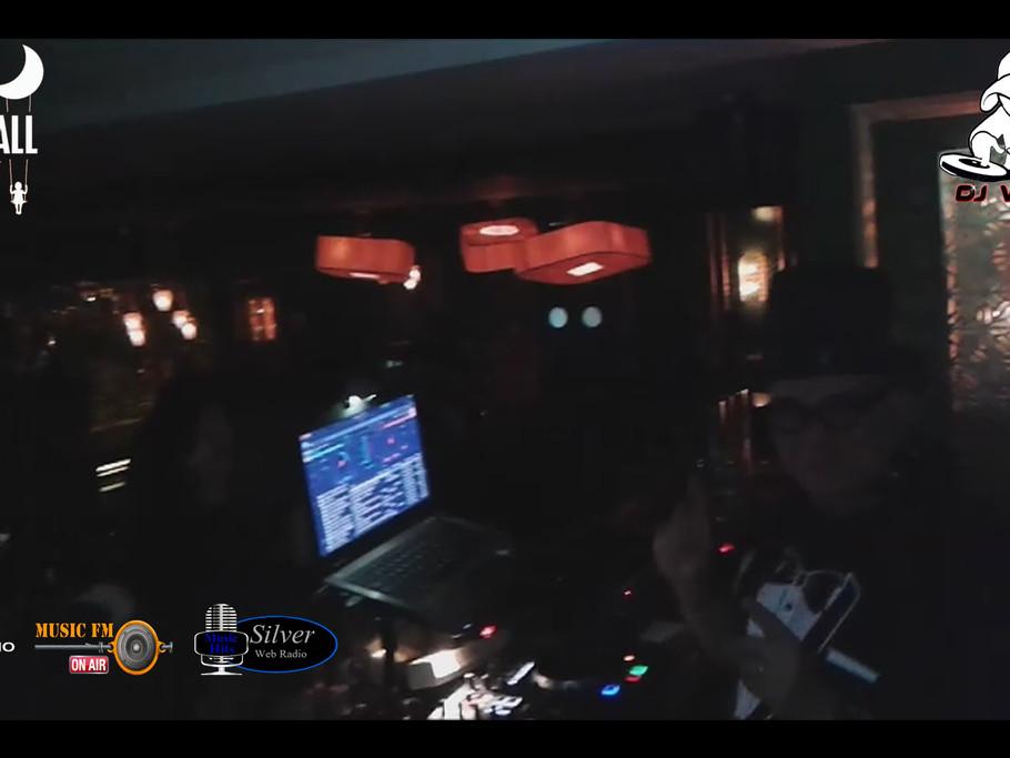 DJ VITO - SKYFALL
