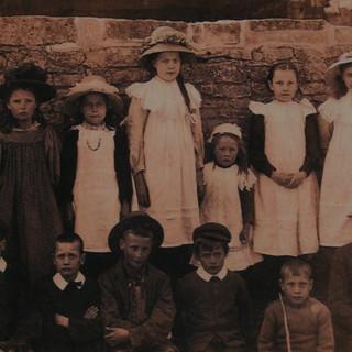 School 1914 (2).JPG