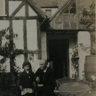 Elmley Road Old Manor House.JPG