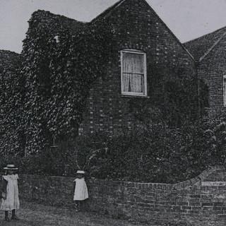 Wick Road The Grange  C 1908(4).JPG