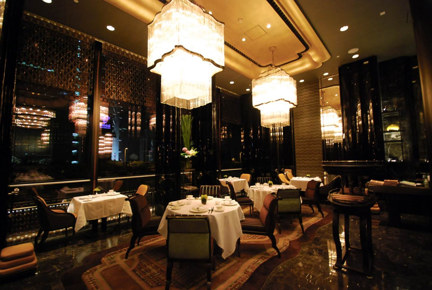 Chinese_restaurant_Shàng-Xí,_Four_Seasons_Hotel,_Pudong,_Shanghai,_China__2