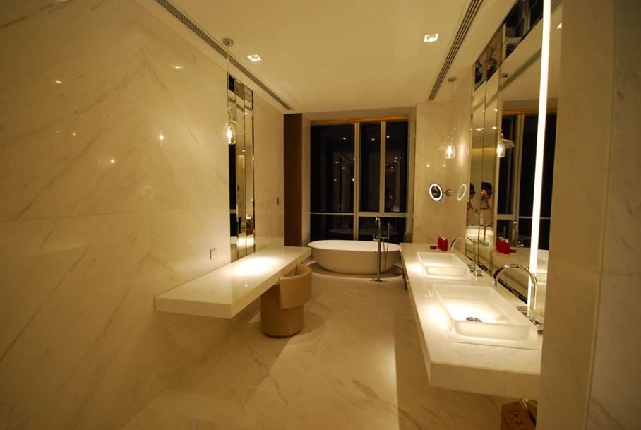 Four Seasons Hotel, Pudong, Shanghai, China 6