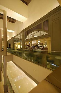 agnès_b._LA_LOGGIA_bis,_ifc_mall,_Hong_Kong_3