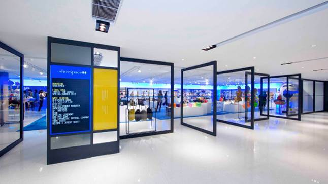 Lab Concept, Queensway Plaza, Hong Kong 3