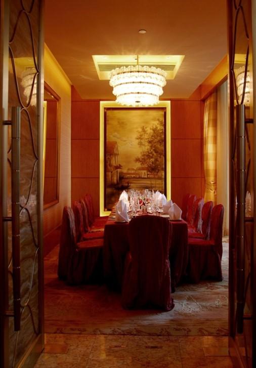 Nicholini's_Italian_Restaurant_,Conrad_Hotel,_Hong_Kong_3