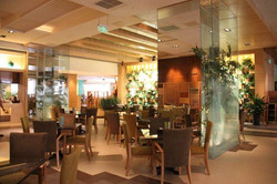 Renhe Spring Hotel Coffee Shop, Chengdu, China  3