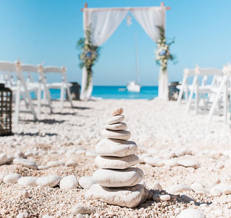 001-Sunny-British-Chinese-Destination-Beach-Wedding-in-Greece-Kalampokas-Fotografia-Nu-Bri