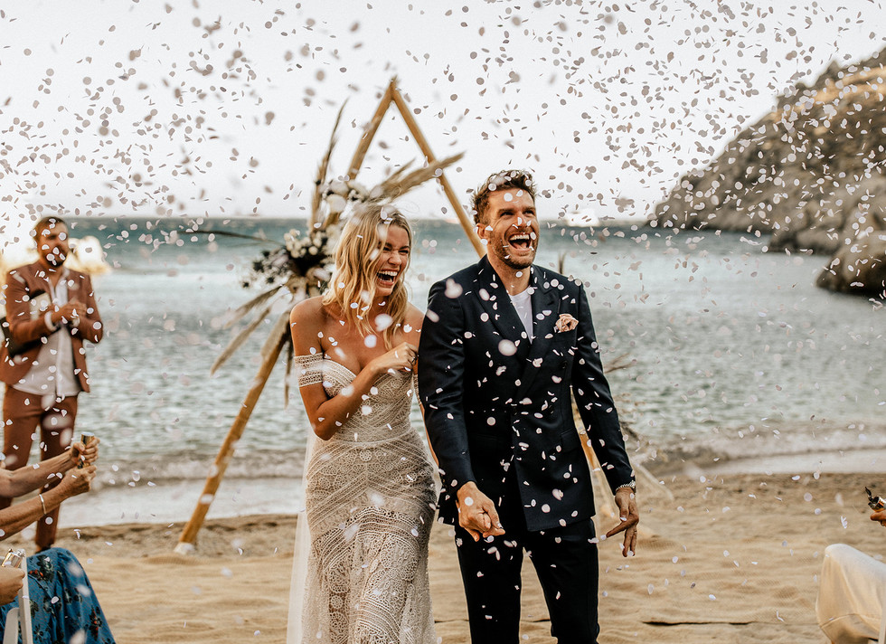 intimate-wedding-greek-island-photographer-mykonos-00.jpg