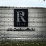 R sign 1073 Gordonville rd.jpg