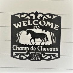 welcom e to champ de chevaux.jpg