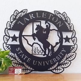 Tarleton state university wreath.jpg