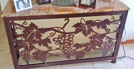Grapes table.jpg