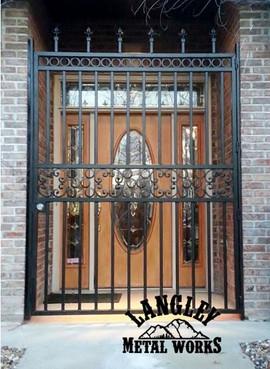 Door gate.jpg