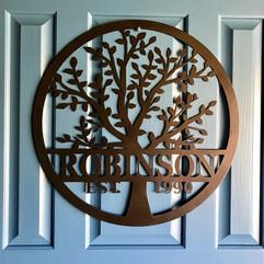 tree name sign robinson.jpg