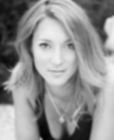 muotokuva, valokuvaaja, valokuvaus helsinki, Johanna Lehtinen, Johanna Julia, Muotokuva, muotokuvausta helsinki, potretti, potretti helsinki, boudoirkuvaus, lapsikuvaus, perhekuvaus, sukupolvikuvaus, valokuvausta helsinki, valokuvaaja helsinki, canon5markiii