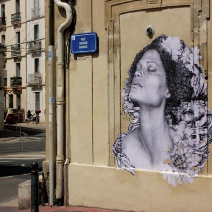 Dans les rues du quartier méditerranée