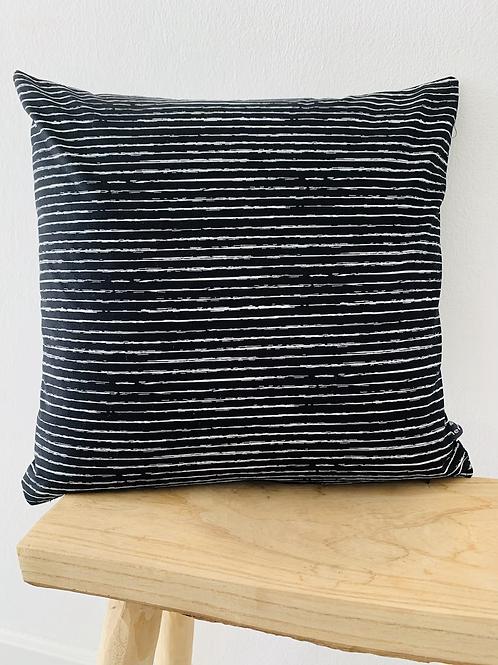 Kissenhülle - Streifen auf schwarz