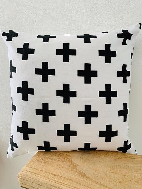 Kissenhülle -schwarze Kreuze