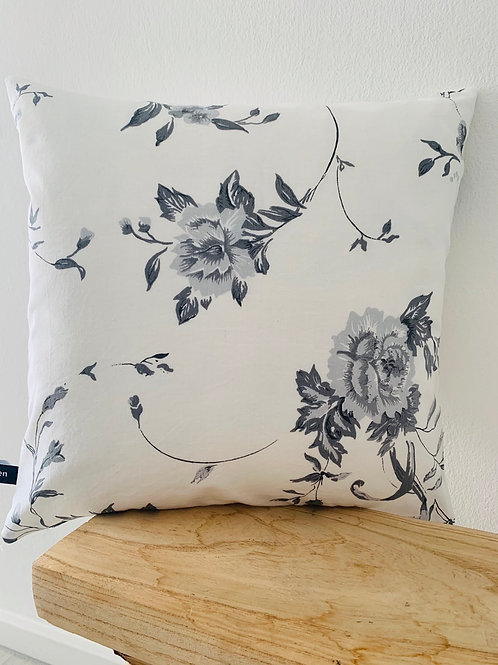 Kissenhülle -graue Blumen