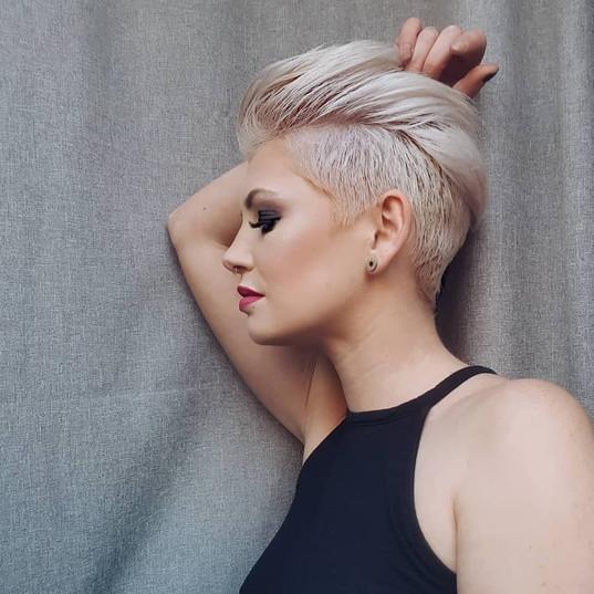 stylish-pixie-haircut-2019-best-short-ha
