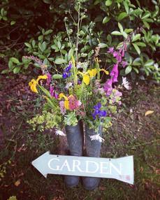 Country garden party 🌷