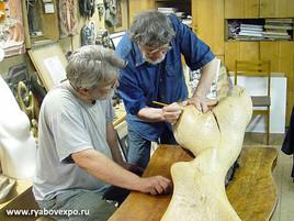 Фото из мастерской культового скульптора Николая Силиса.