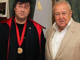 Художнику Ильясу Айдарову присвоено звание Действительный член Российской академии художеств.