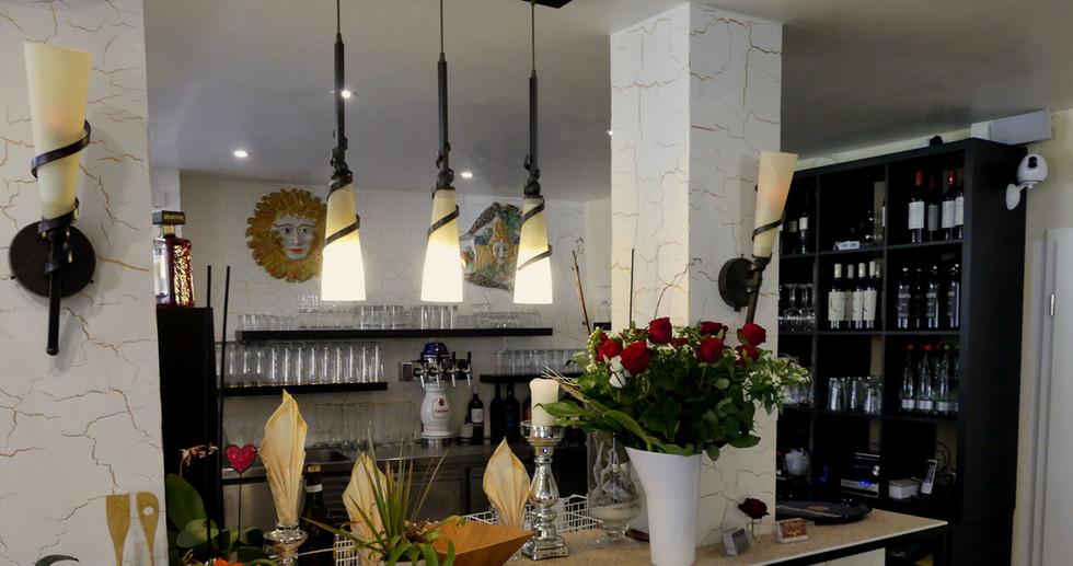 Unsere Bar.JPG