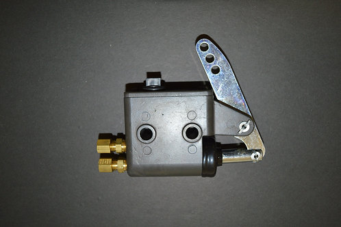 Master Cylinder Assembly (7/8 bore)