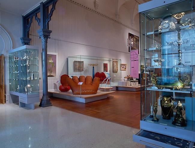 Brighton museum furniture collection