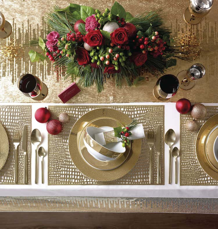 Christmas Gold table setting
