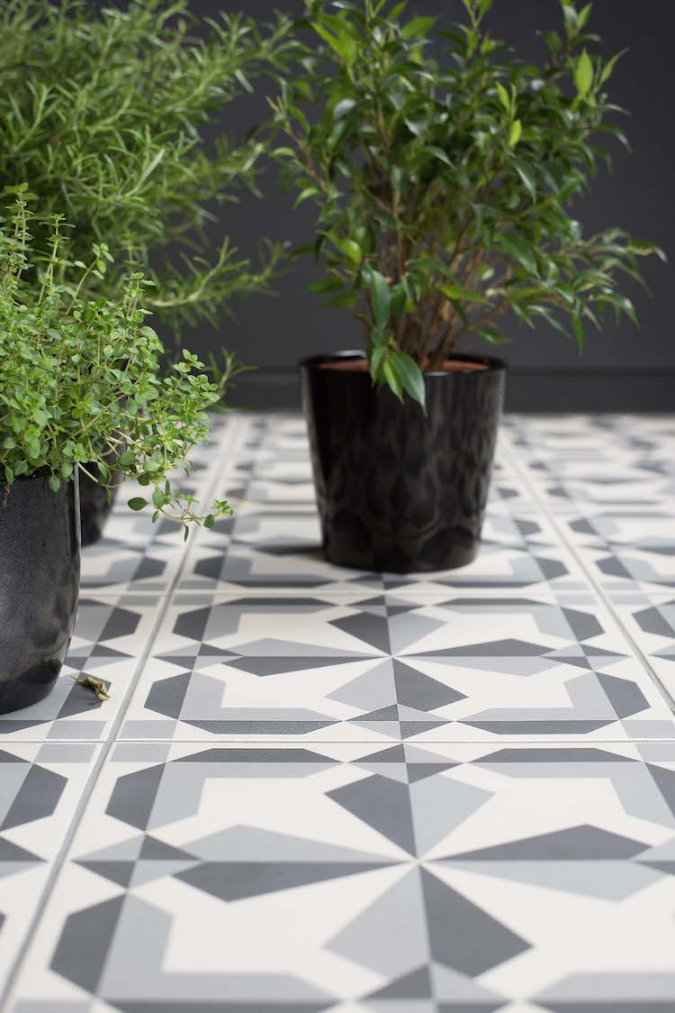 Patterned outdoor floor tiles